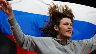 Ivan Ukhov entre 12 atletas rusos suspendidos por doping.