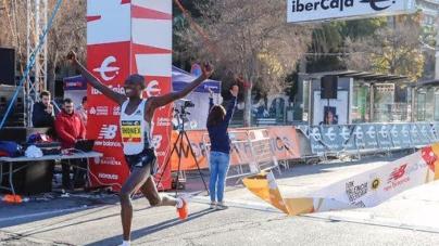 Cerca de 12.200 corredores disfrutan la edición más numerosa de un 10K Valencia Ibercaja con World Record